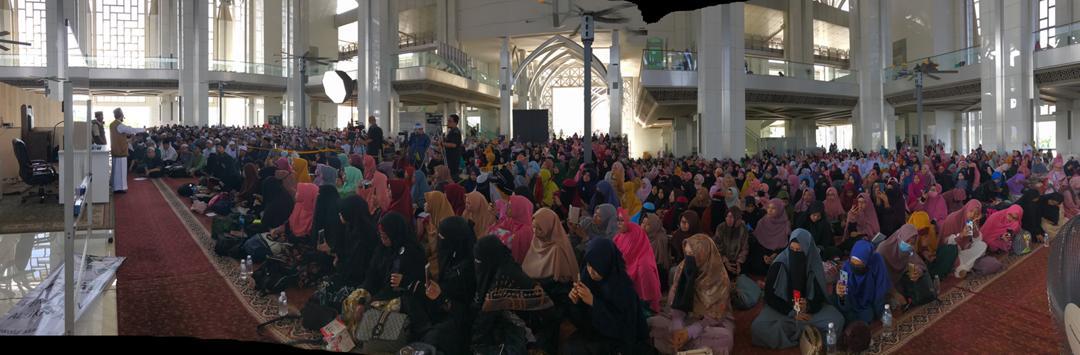 Pengajian Berkitab dan Ceramah Perdana bersama Ustaz Adi Hidayat @ Masjid Tuanku Mizan Zainal Abidin , Putrajaya